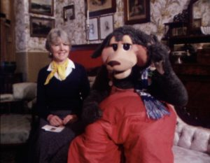 Shirley Hawker and Norm the Kangaroo at Tasma Terrace for Shirl's Neighbourhood. Courtesy of Channel 7 and the National Film & Sound Archive.
